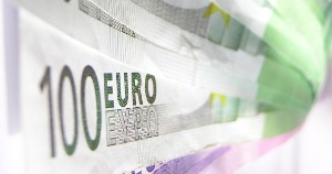 Europium in Euro Note